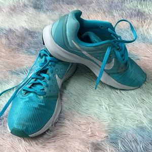 Nike running sneakers size 8 1/2